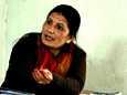Kyläpankin sihteerin Durga Kharti Chettrin mukaan monetkaan bhardeulaiset eivät osaa lukea, mikä vaikeuttaa lainasopimusten tekemistä.
