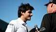Carlos Sainz Jr. hymyili maaliskuussa Australiassa.