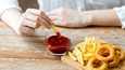 Yksittäisten ruoka-aineiden sijaan yhteyden taustalla näyttää olevan ruokien ja tuotteiden valmistustapa.