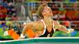 Hollannin Epke Zonderland putosi rajusti maahan Rio de Janeiron olympialaisten rekkifinaalissa 2016.