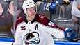 Mikko Rantanen on 10 miljoonan tilipussillaan suomalaisten palkkakunkku NHL:ssä.