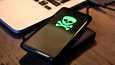 Testaaja suosittelee käyttämään jotakin muuta virustutkaa Androidin oletussuojan lisäksi.