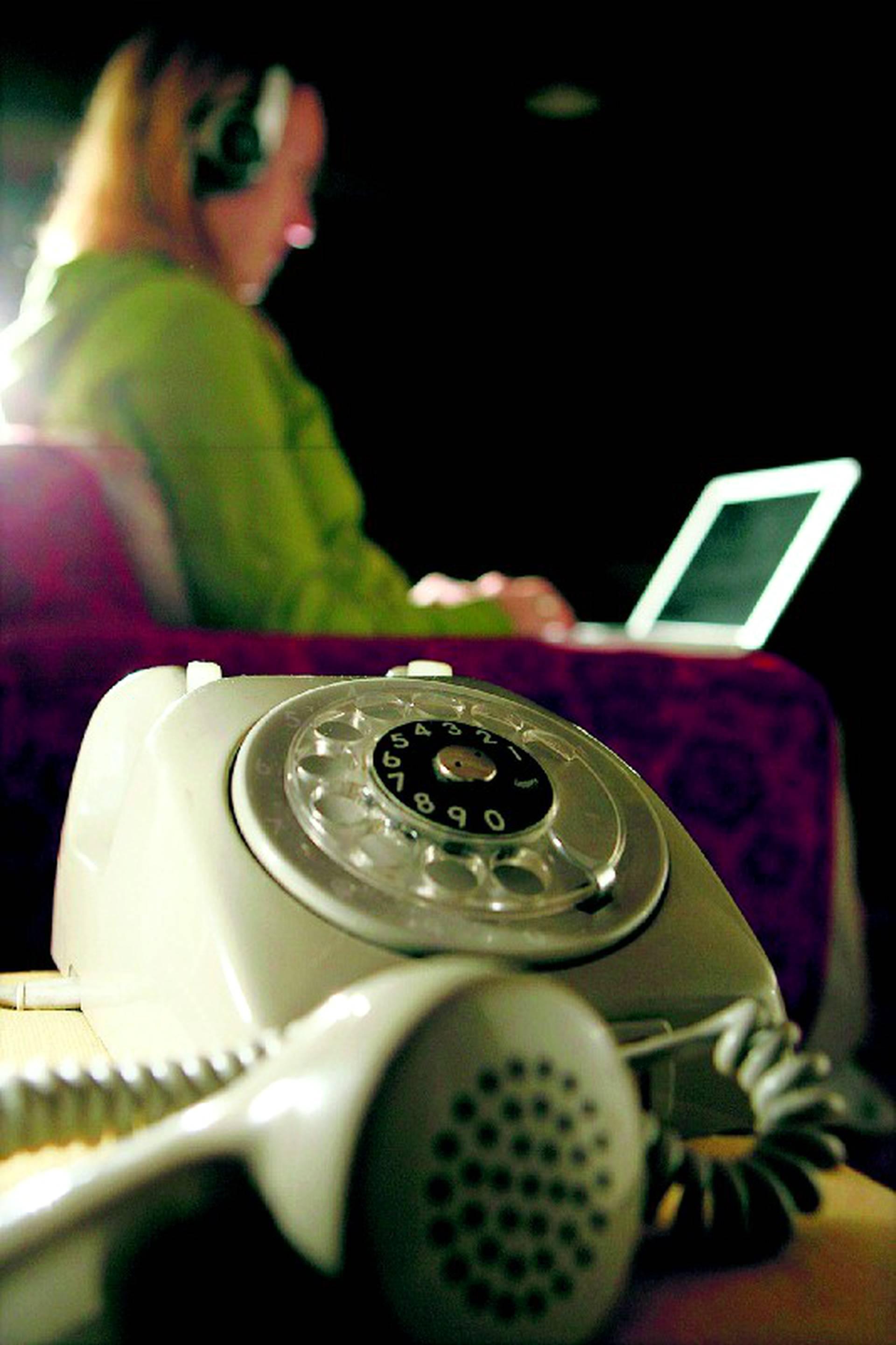 Miten kytkeä VoIP-Puhelin Erin ja Max Tanssii tähtien kanssa dating