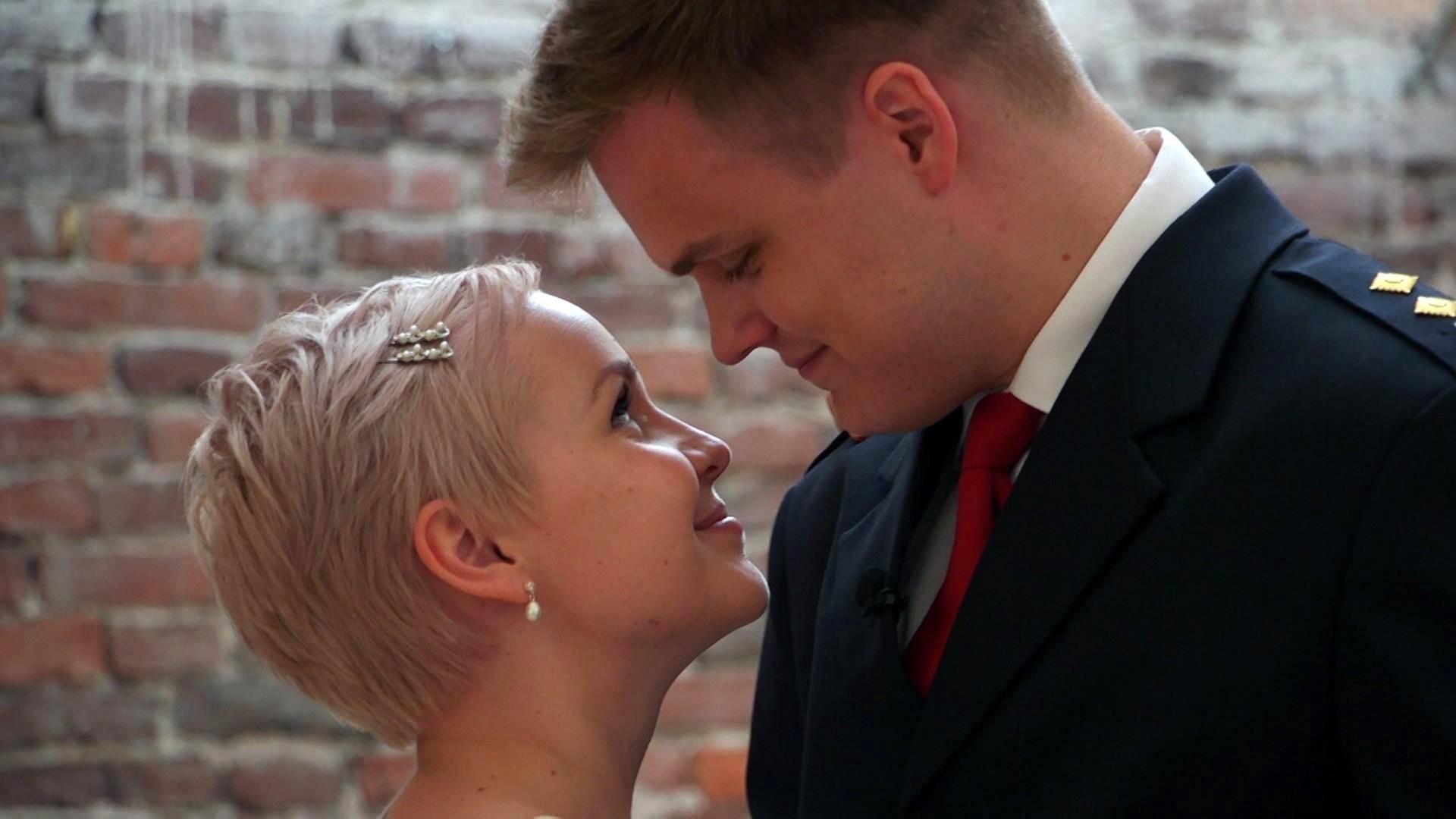 uskottomuus dating site jatkaa dating avio liiton solmimisen jälkeen
