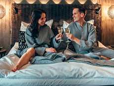 Aikaisemmin ajateltiin, että hotelliyöpymiseen piti olla joku erityinen syy, kuten syntymäpäivä tai hääpäivä. Nyt halutaan rauhoittumista, nautintoa ja seikkailua keskelle arkea ilman sen kummempaa syytä.