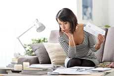 Tällä hetkellä on todennäköisempää saada halvempi laina kuin parin kuukauden kuluttua. Ja mitä nopeammin yhdistät kalliit vanhat lainat, sitä enemmän säästät.