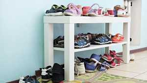 Nuukan isän kenkäsääntö hakee vertaistaan – suomalaiset paljastavat kotiensa typerimmät säännöt
