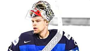 Tähtivahti loukkaantui – Leijonien MM-veskari nostettiin NHL:ään