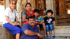 """Eira ja Jouni viettävät talvet Intiassa – paluusokki iskee viimeistään kotona Turussa: """"Missä ovat kaikki värit ja ihmiset?"""""""