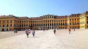 Viikonloppu Wienissä? Näin otat ilon irti Keski-Euroopan helmestä