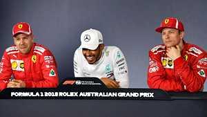 """Vettel ja Hamilton sanailivat – britti naureskeli Räikköselle, suomalaiselta jäätävä reaktio: """"Kimi juhlii muutenkin jatkuvasti!"""""""