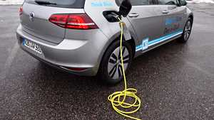 Taloyhtiöissä viriävää kiinnostusta sähköautojen lataamiseen – tässä kaksi onnistunutta tapausta
