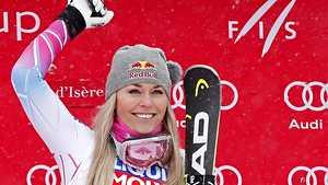 Alppihiihtotähti Lindsey Vonnilta loistopaluu selkävaivasta – laski voittoon Val d'Iseressa