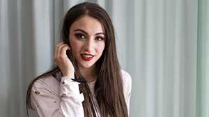 21-vuotias Ida opiskelee Harvardissa ja tekee huippuartisteille hittejä – oma levy syntyi Asko Kallosen erikoisesta ehdotuksesta