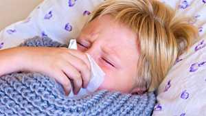 Yskänlääke ei tehoakaan lapsen yskään – vakaviakin haittavaikutuksia voi sen sijaan tulla
