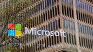 Microsoftilta yllätys pomoille: Bisnes-Skype syrjään, Windows 10 S tulee kovaa