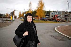 """Anu, 45, lähetti 300 työhakemusta ennen kuin tärppäsi – """"Ideologisia työttömiä vähäinen määrä"""""""
