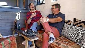 Maarit ja Markku remontoivat vanhasta viljamakasiinista unelmiensa saunahuvilan