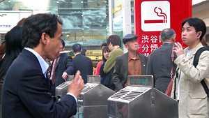 Auttaisiko tämä tumppaamaan? Japanilaisfirma antoi savuttomille työntekijöille 6 päivää ylimääräistä lomaa