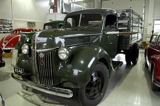 Ford V8 kuorma-automuseossa Tuusulassa.