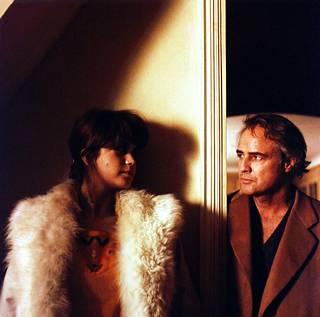 Viimeinen tango Pariisissa oli 70-luvun kohutuimpia elokuvia muun muassa sen sisältämän alastomuuden takia.