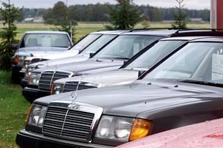 Esimerkkinä ensimmäiset W124 -korimallin Mercedes-Benzit ovat jo hetken aikaa olleet museoiässä.