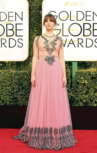 Näyttelijä Felicity Jones.