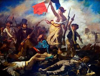 Myös Vapaus johtaa kansaa -maalauksessa nainen on rinnat paljaina, mutta merkitys ei suinkaan ole seksuaalinen. Nainen symboloi vapautta.