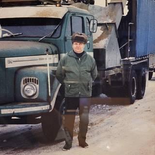 Pertti Szepaniak oli paitsi ahkera yrittäjä myös innovatiivinen kehittäjä haketuksessa ja sen yhdistämisessä kuljetuksiin.