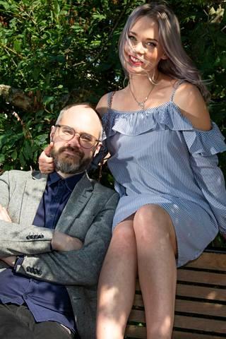 Tuomas Enbuske erosi kihlattunsa Sarian Antilan kanssa vuonna 2019.
