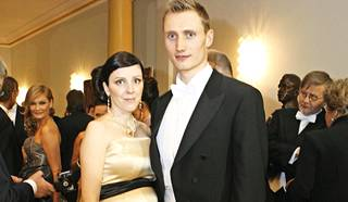 Hannu Mannisella on Heli-vaimonsa kanssa kolme lasta.