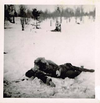 Venäläisen huoltokuljetuksen kaatunut luutnantti.