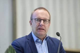 Puheenjohtaja Jarkko Eloranta, SAK: Jäsenpudotusta 17694 vuodessa.