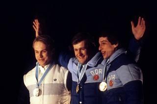 Jouko Karjalainen, Wehling ja Konrad Winkler Lake Placidin olympialaisten palkintojenjaossa.