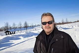 Pentti Matikainen luotsaa vuosittain Valko-Venäjälle matkustavaa joukkuetta.
