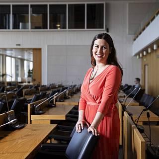 Tiina Elovaara uskoo selvinneensä taudista helpolla.