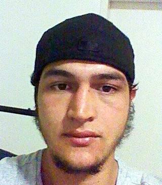 Ratsiat liittyvät tunisialaissyntyinen joulumarkkinaterroristin Anis Amrin kytkösten käynnistämiin tutkimuksiin.