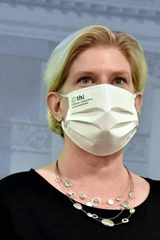 Mia Kontio sanoo, että syyskuun loppuun mennessä Suomeen on tullut kahdeksan miljoonaa rokoteannosta. On Modernan toimituksista kiinni, toteutuuko se.
