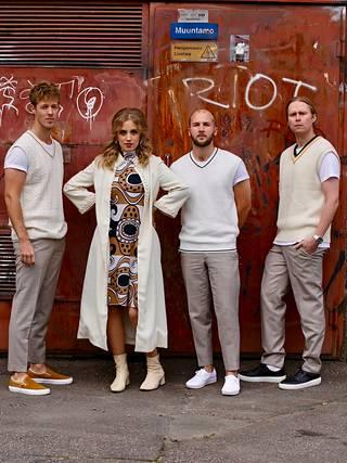 Haloo Helsinki! -yhtye on yksi hyväntekeväisyyshaasteeseen mukaan lähteneistä kokoonpanoista.
