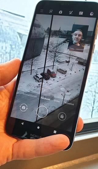 Kahden kameran bothie-kuvaustilaa on kehitetty. Kuvien keskinäistä suhdetta voi säätää tai otoksen voi ottaa kuva kuvassa -asetelmassa.
