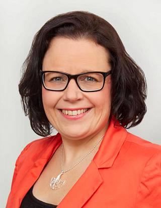Kansanedustaja Mia Laiho (kok) edustaa kokoomusta monialaisia maakuntia pohtivassa parlamentaarisessa työryhmässä.