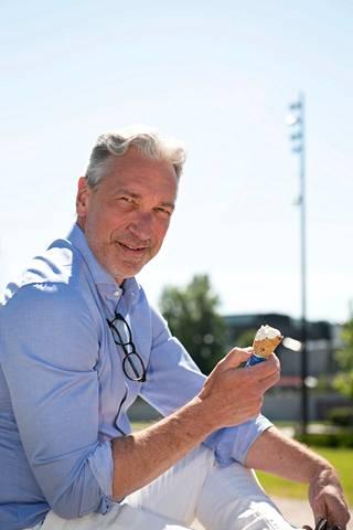 Petri Keskitalo muistuttaa, että urheilijoiden pitäisi muistaa keskittyä olennaiseen myös sosiaalisen median aikakaudella.