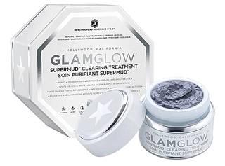 Antibakteerisen Glamglow Supermud Clearing Treatment -savinaamion aktiivihiilellä rikastettu Activated-X Charcoal -savi imee itseensä ihon kuona-aineet. Tuote puhdistaa ja kirkastaa kasvot tehokkaasti. 55 €.