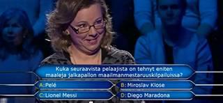 Olisitko tiennyt vastauksen? Heli pyysi yleisön apua jalkapalloaiheiseen kysymykseen.