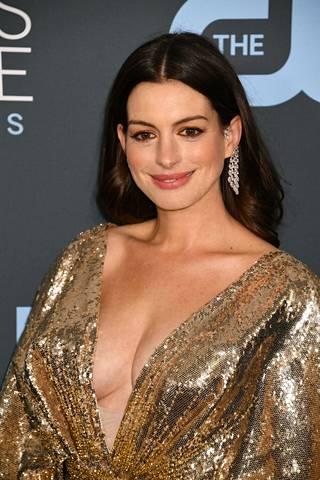 Anne Hathaway vuonna 2020.