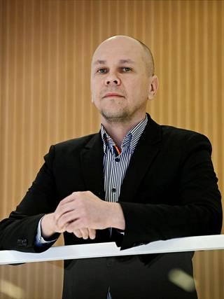 Tampeereen yliopiston rokotetutkimuskeskuksen johtaja Mika Rämet.
