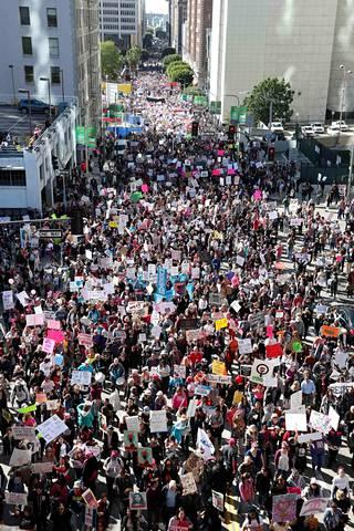 Los Angelesissa marssille kerrottiin osallistuneen yli puoli miljoonaa ihmistä.