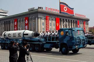Ohjukset ovat Pohjois-Korealle ylpeilyn aihe. Kuvan Pukkuksong (KN-11) on sukellusveneestä laukaistava ballistinen ohjus.