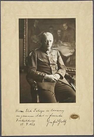 Vuonna 1923 päivätty niin sanottu autogrammikuva kenraali von der Goltzista.