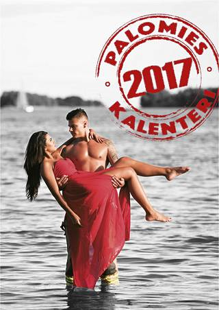 Exiä rannalla -sarjasta tuttu Toffe Forsman sekä Miss Suomi Rosa-Maria Ryyti komeilevat kalenterin kannessa.